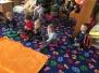 Děti hrají divadýlko